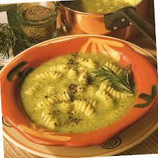 Sup-iz-ovoshhej-s-makaronami