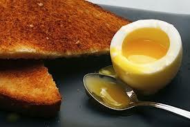 kak-svarit-jajco-vsmjatku2