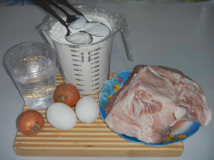 Вкусные и сочные домашние пельмени с мясом