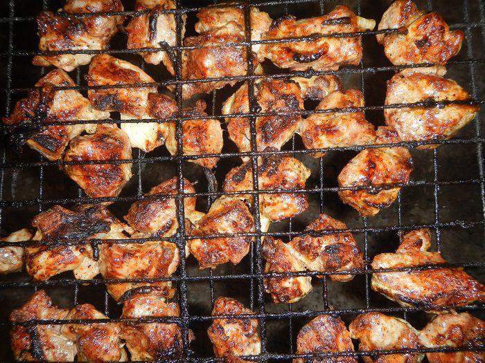 Как приготовить шашлык в барбекю электрокамин уголек цена