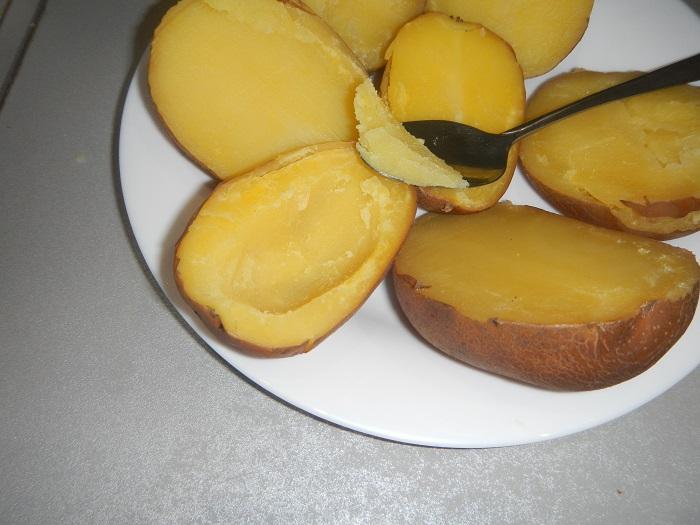 картошка в духовке в мундире с сыром
