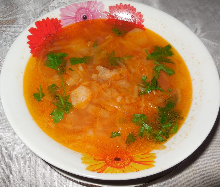 Приготовить суп из квашеной капусты