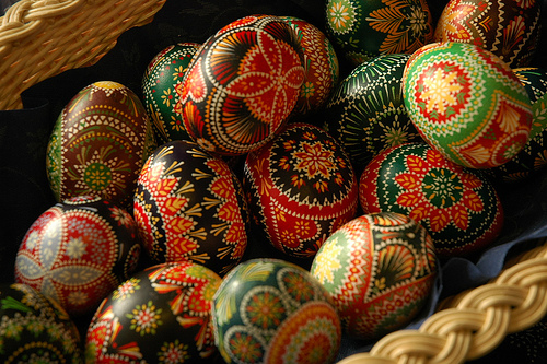 Пасхальные яйца - яйчата из дерева