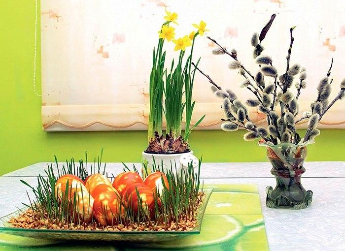Зеленый пасхальный стол