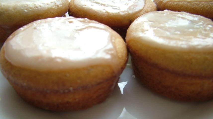 Вареная лимонная глазурь для пасхального кулича со сливочным маслом - простой рецепт сливочной глазури без яиц
