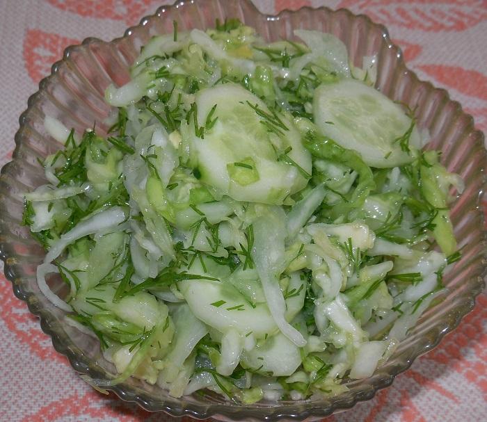 салат из и огурцов рецепт с фото очень вкусный