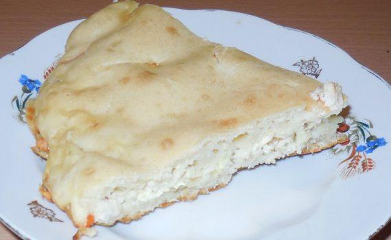 Заливной пирог на кефире с мясом и овощами