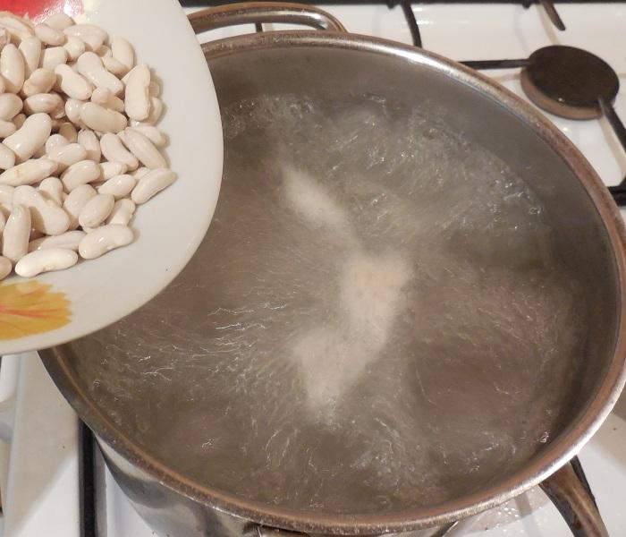 Борщ с фасолью
