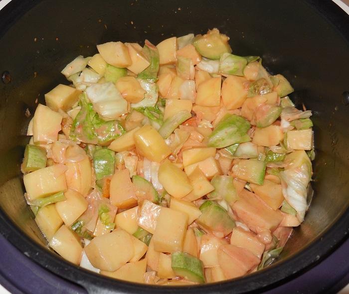 Как тушить стручковую фасоль на сковороде