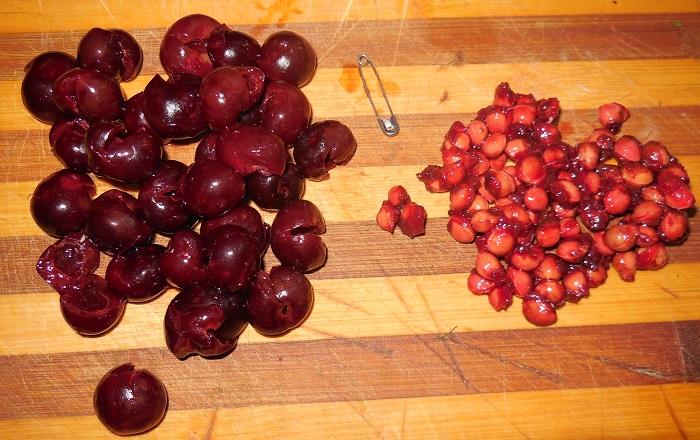 Пышные вареники с вишней на сыворотке или кефире