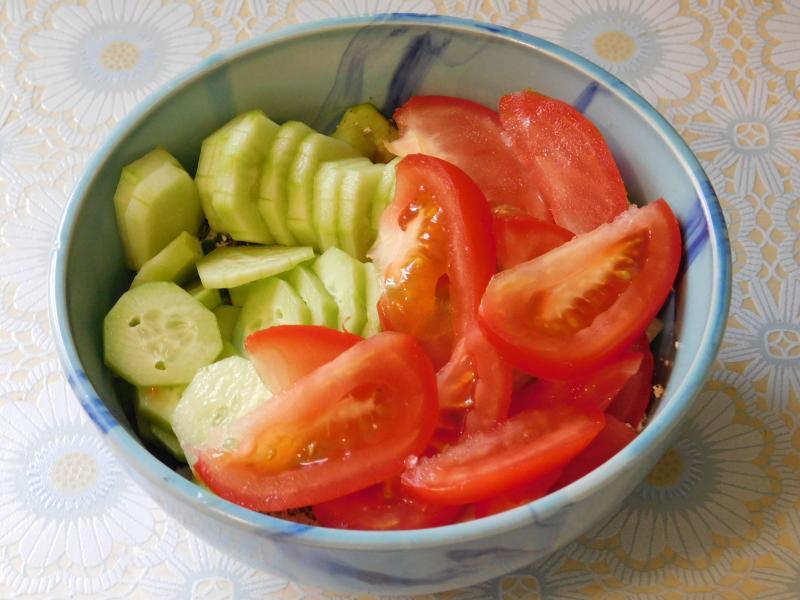 Салат с творогом на ужин