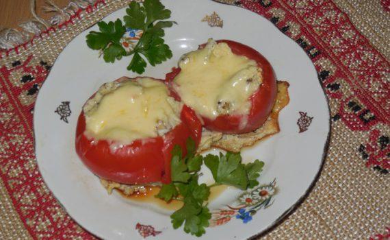 Вкусная яичница-болтунья в помидорах