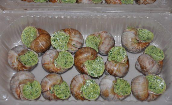 Блюдо из улиток эскарго