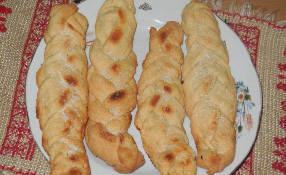 Творожное печенье-косички