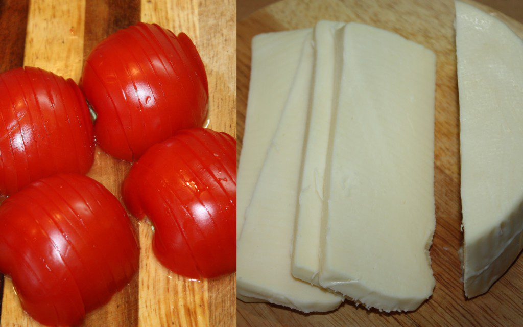 Сыр и томаты для рататуя
