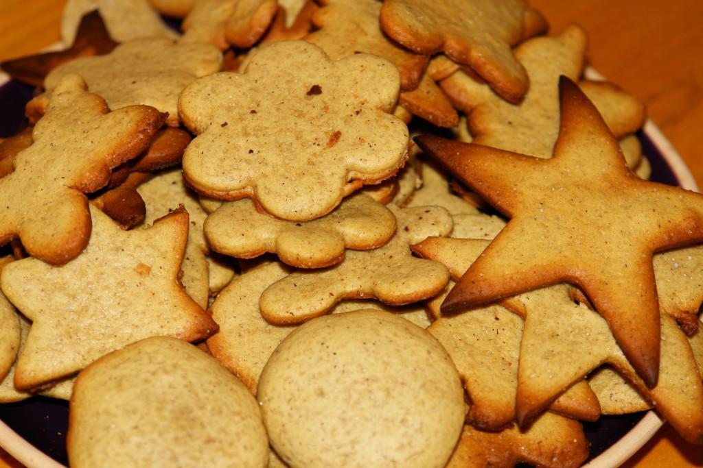 Классическое имбирное печенье с корицей и медом