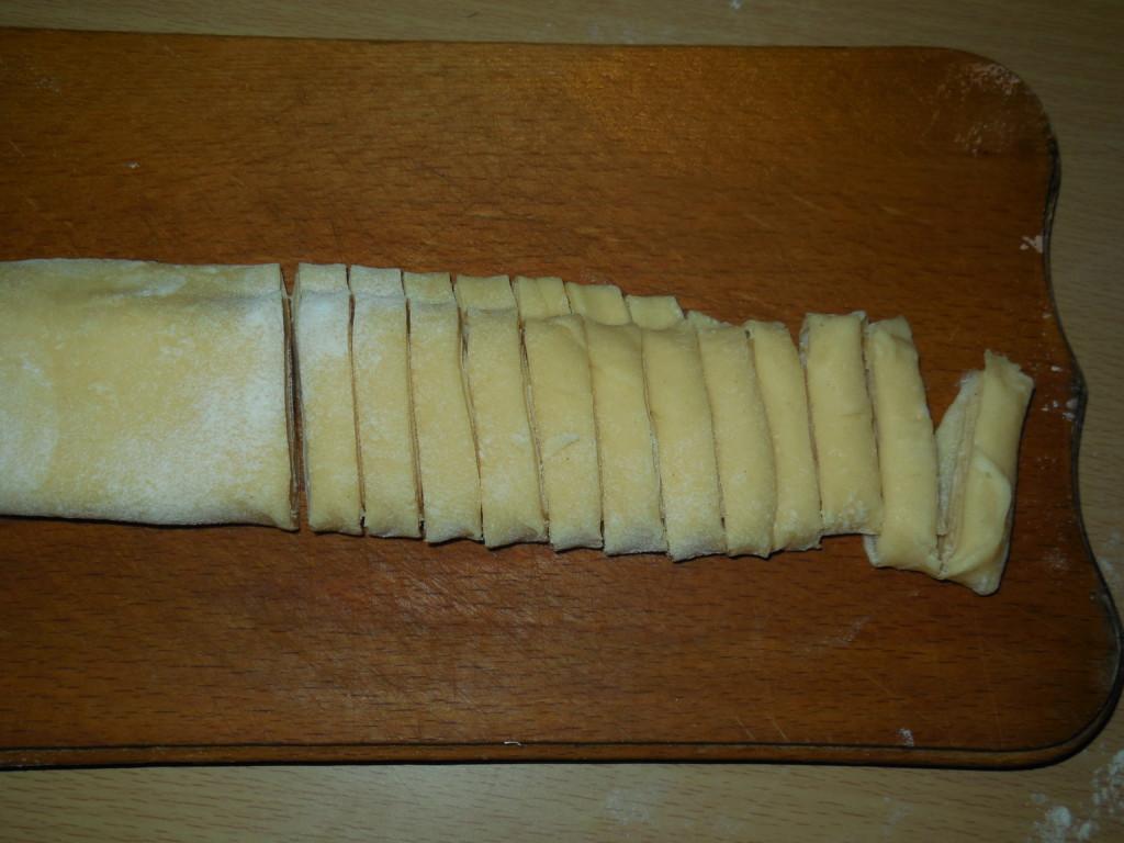 Тесто на лапшу пошаговый рецепт с фото
