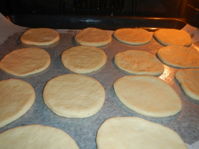Как сделать дрожжевого теста для пиццы 805