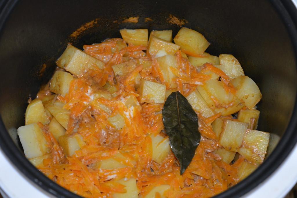 Картошка в мультиварке в сметане рецепты пошагово