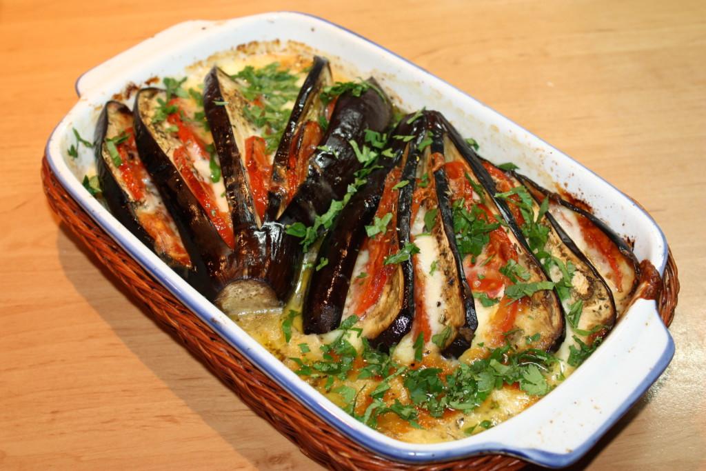 рецепт из баклажанов в духовке пошаговый