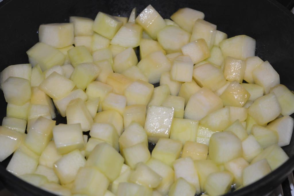 Как жарить баклажаны в духовке