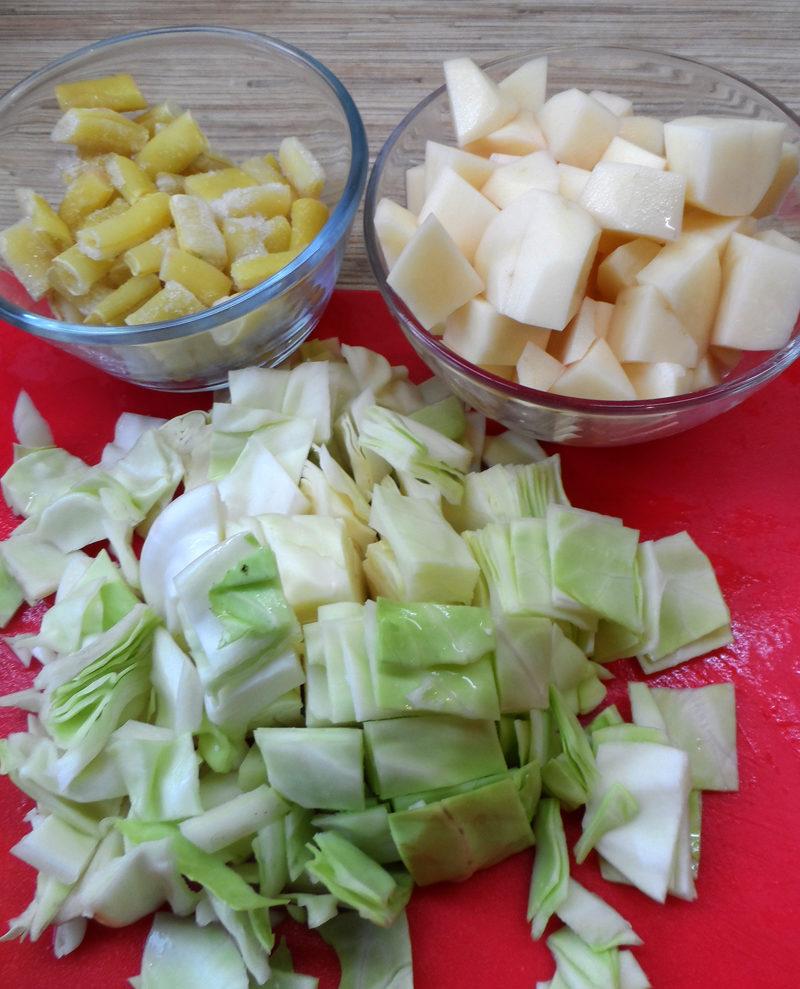 Рубиновый суп-пюре из разных овощей