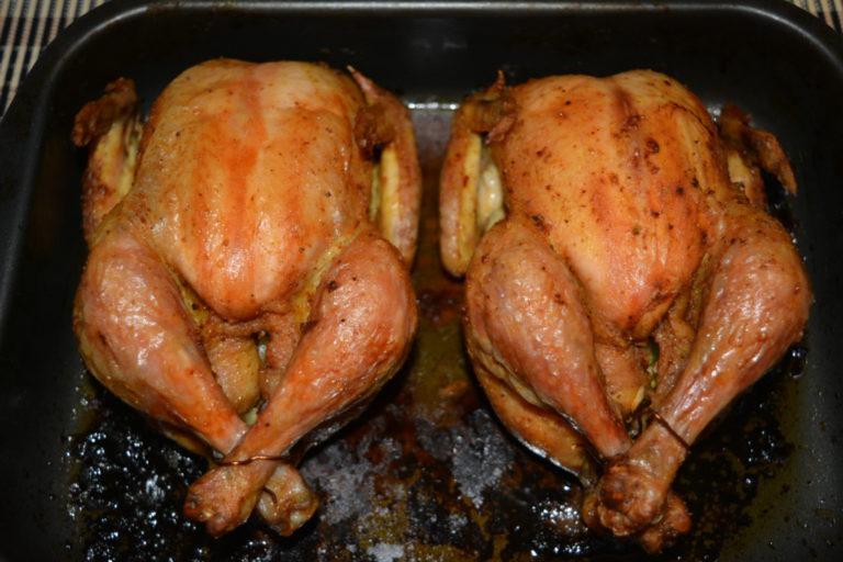 простой рецепт запекания курицы в духовке целиком