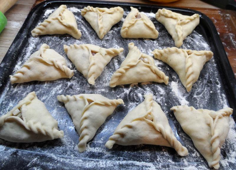 Треугольные татарские пирожки с мясом и картошкой