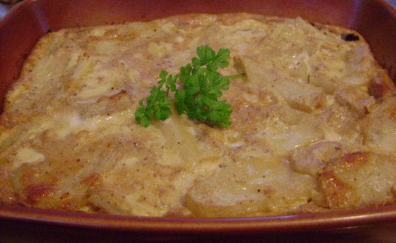 Картофель запеченный в духовке в сливочном соусе