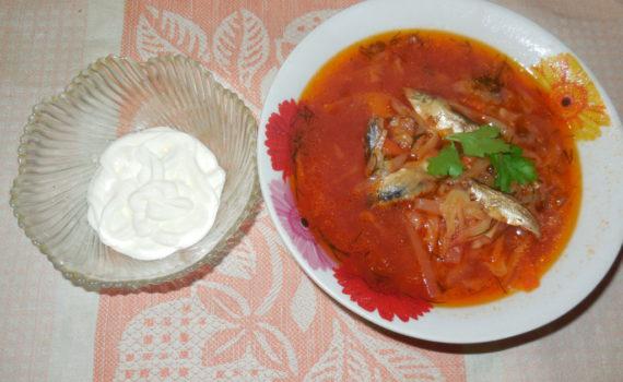 Постный борщ с килькой в томате в мультиварке