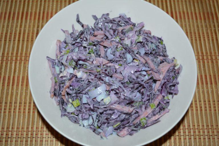 Салат из краснокочанной капусты с яйцом рецепты