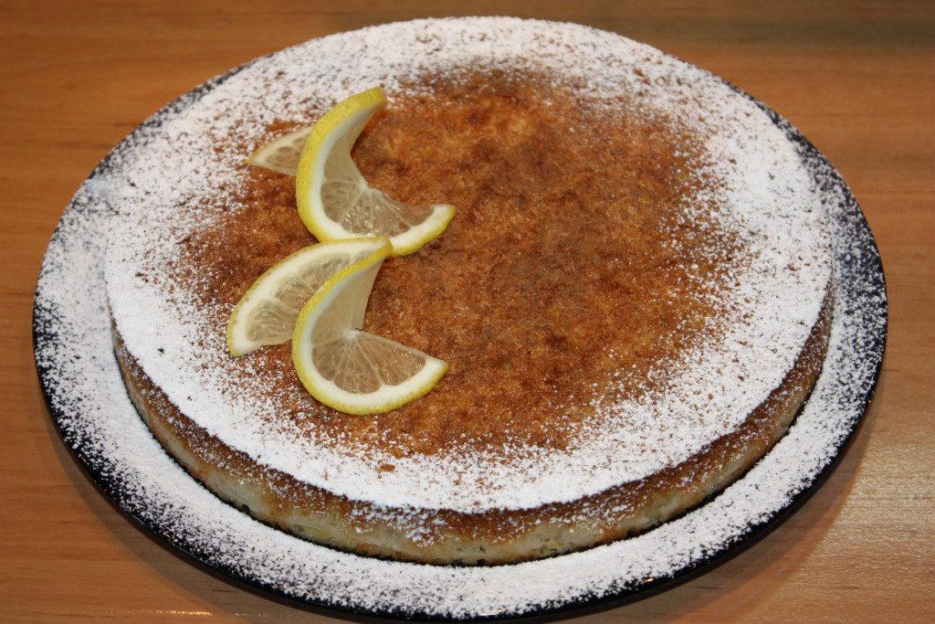 Творожная запеканка с лимоном и виноградом