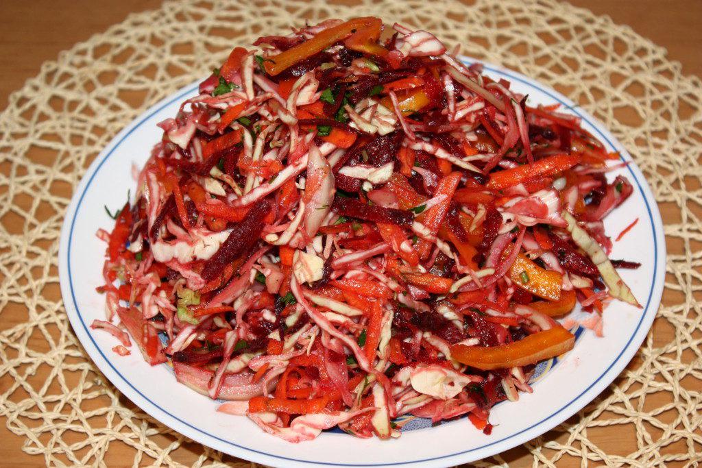 как приготовить салат из капусты витаминный рецепт