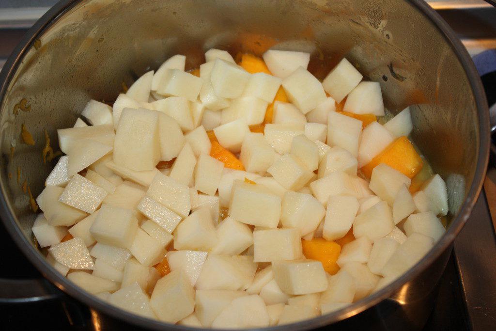 Картофель с тыквой для супа-пюре