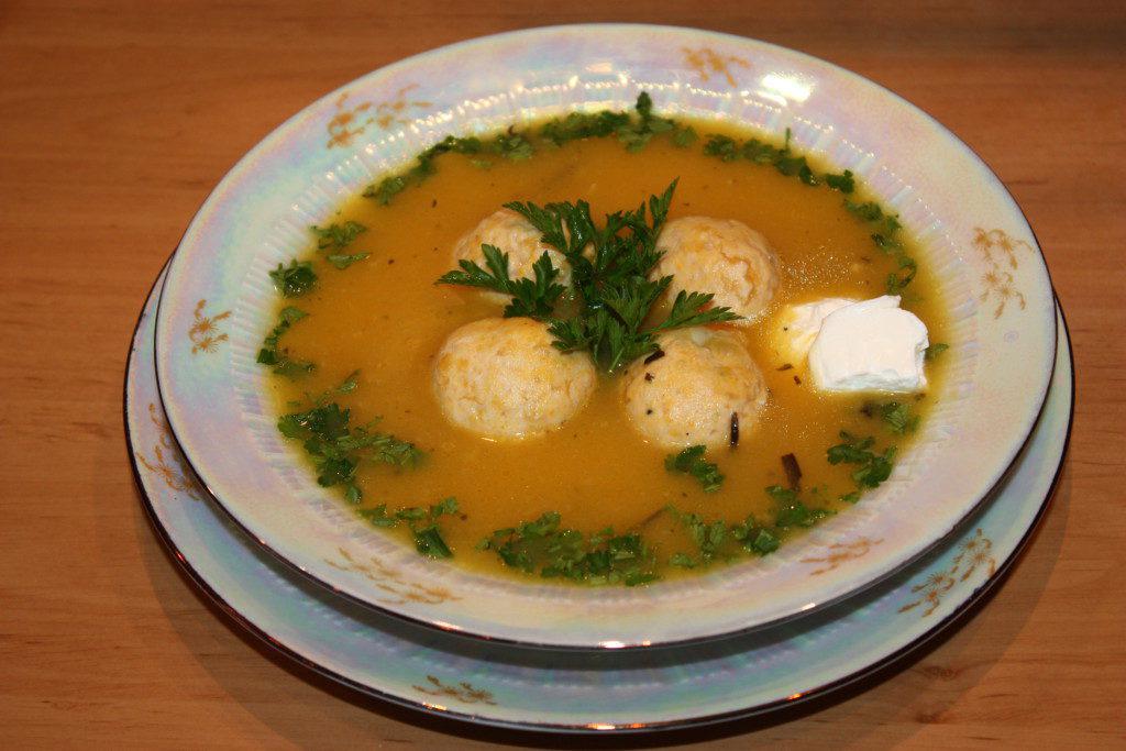 Готовый суп-пюре с фрикадельками