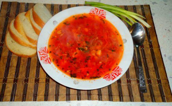 Настоящий украинский борщ с салом и чесноком