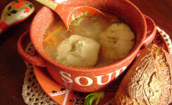 Рыбный суп из хека с рисом