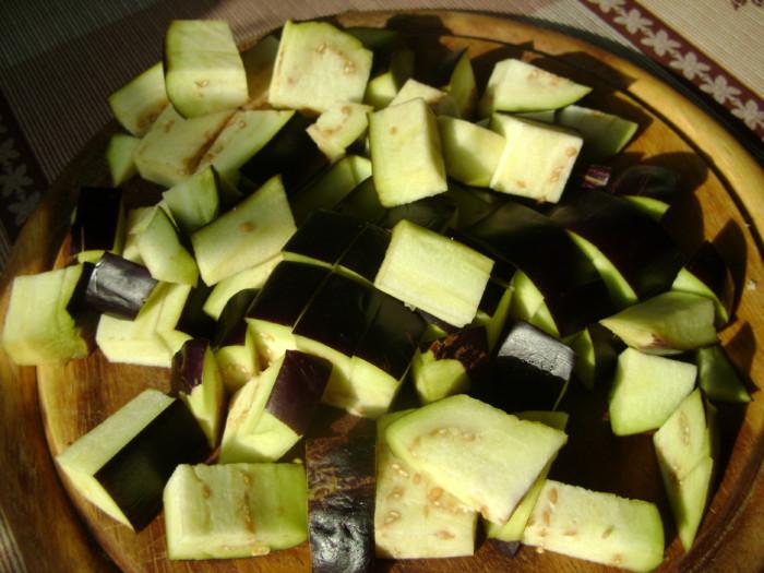 Куриное филе на шпажках в духовке с овощами