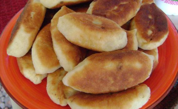 Вкусные жареные пирожки с ливером