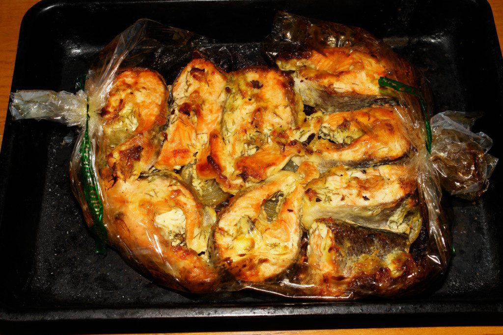 Семга запеченная в духовке - простой рецепт вкусной рыбки