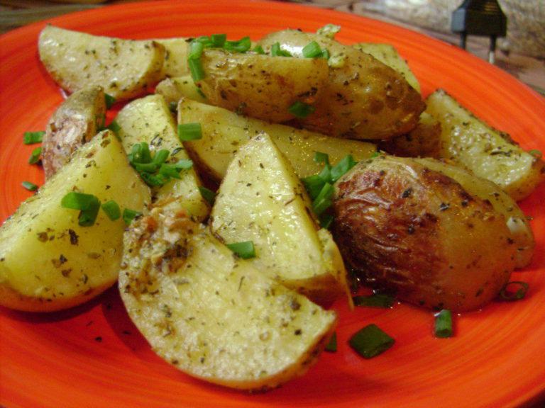 рецепты рыбы в соусе запеченной в духовке