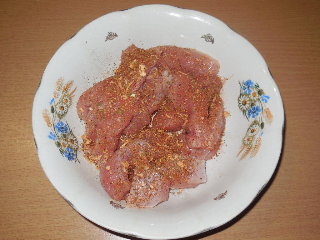 Рецепт картошки в духовке с со сметаной