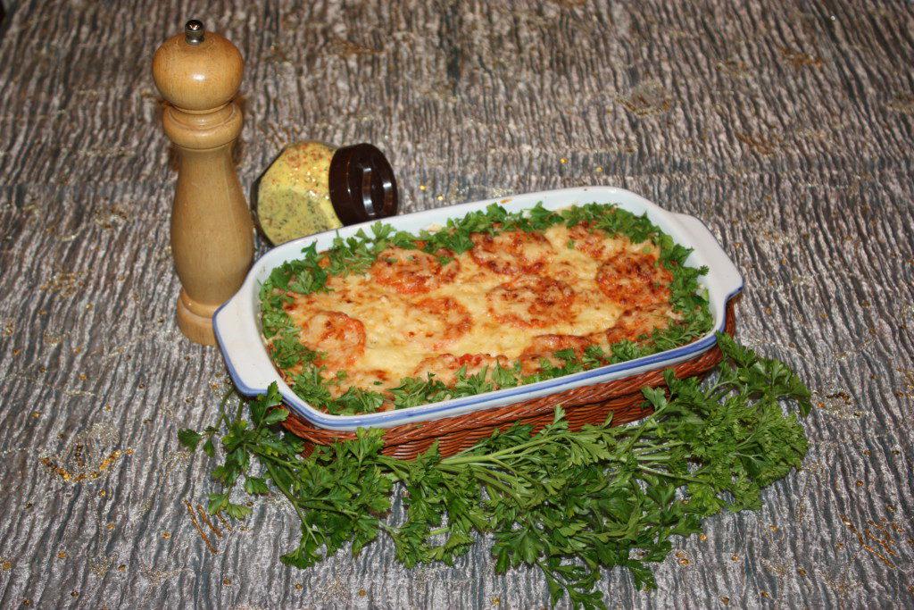 Мясная запеканка с кабачками и помидорами
