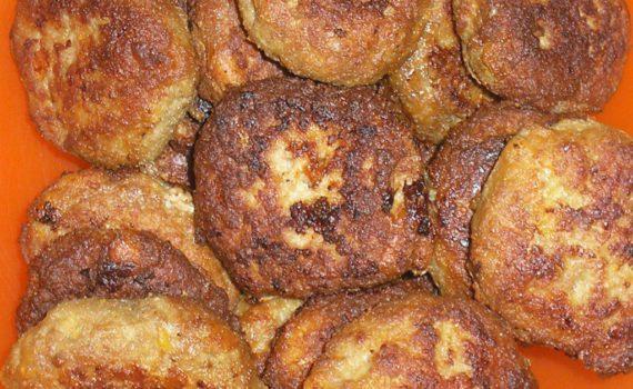 Вкусные домашние котлеты из мясного фарша с манкой