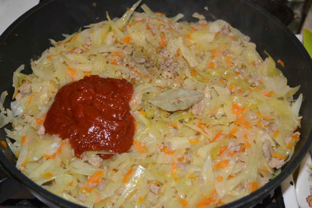 тушеная капуста с картошкой с фаршем рецепт