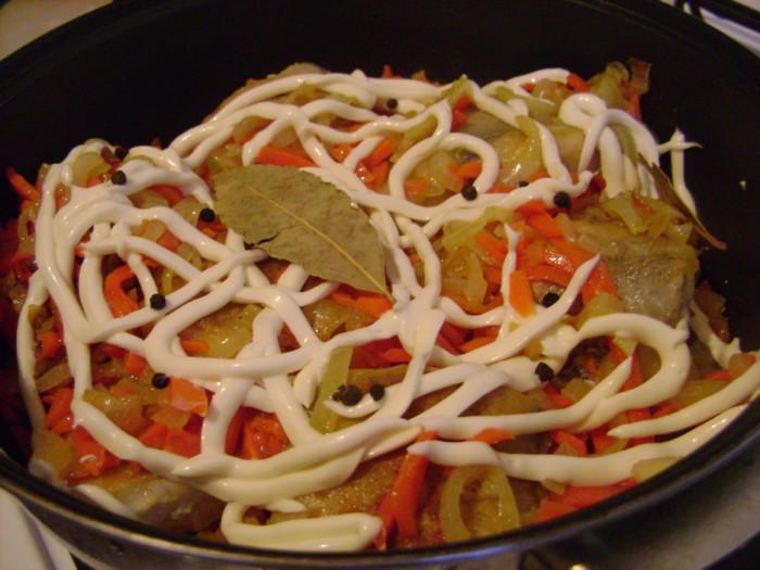 Рецепт приготовления бротолы тушеной под майонезом