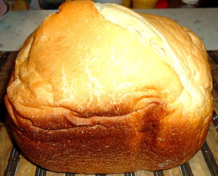 Простой и вкусный домашний хлеб в хлебопечке