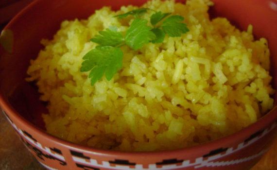 Рис с куркумой по-индийски