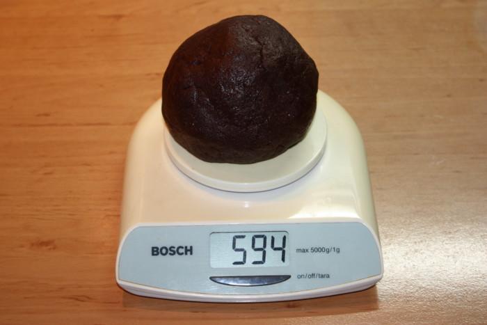 Мраморное треснутое шоколадное печенье