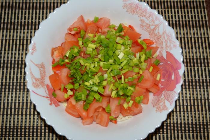 Салат из пекинской капусты с укропом и огурцом